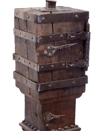 Gotteskasten aus der Gutskapelle Heiligenthal (Opferstock), 16. Jahrhundert. © Museum Lüneburg
